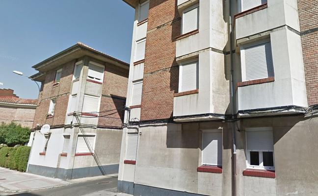 Adif pone a la venta mediante subasta pública siete viviendas de su propiedad en León