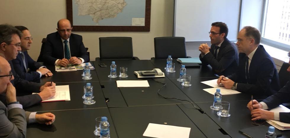 Diputación y Adif se reúnen en busca de frenar «lo antes posible» la pérdida de acuíferos por la Variante