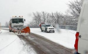 La autopista del Huerna reabre al tráfico pesado y Pajares mantiene las limitaciones al tráfico