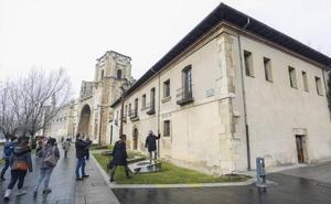 Patrimonio autoriza la restauración de la fachada del Convento de San Marcos de León y la reforma de la Casa del Peregrino
