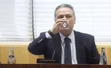 La directora del Imserso dejó constancia ante notario del «desfalco» de Alfredo Prada