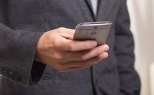 Prisión por robar la identidad de su casero para contratar cuatro líneas de teléfono