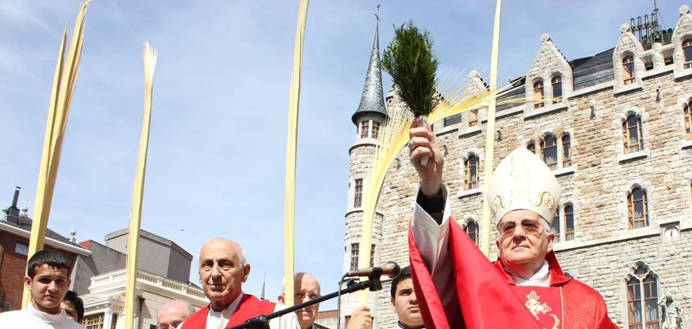 El obispo de León llama a celebrar la Semana Santa