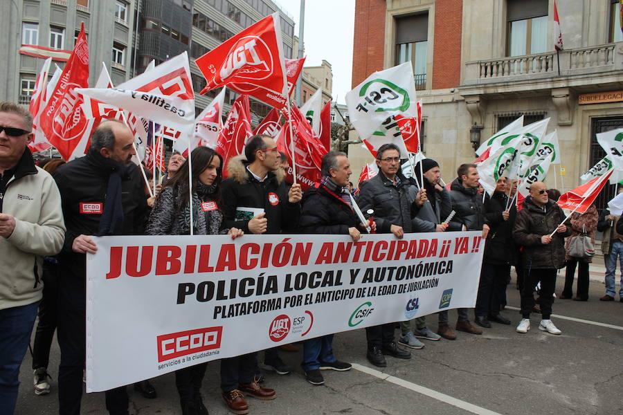Concentración de la Policía Local de León