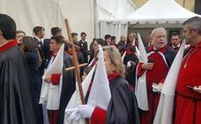 La lluvia suspende las dos procesiones de la tarde del Viernes Santo
