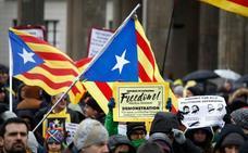 200 personas marchan en Berlín por la libertad de Puigdemont