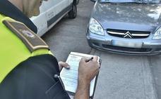 Las multas por conducir sin carné en la Comunidad se reducen un tercio en un lustro y en León suman 101 en 2017