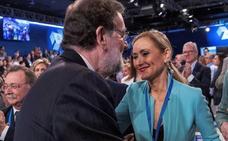 Cifuentes solo dimitirá si se lo pide Rajoy