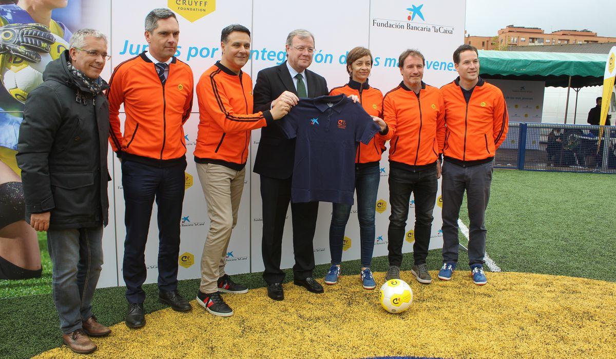 Inauguración de la Cruyff Court Juan Carlos en León
