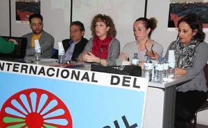 Valencia de Don Juan celebra el Día Internacional del Pueblo Gitano con una mesa de experiencia