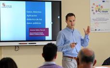 La Junta imparte formación al profesorado para potenciar el uso de datos abiertos en las aulas