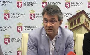 Majo alerta del «grave problema» para León la 'eliminación' de la figura del secretario vecino