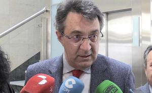 Pablo Fernández pide la dimisión de Majo «por mancillar el nombre de León»