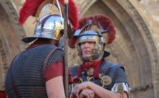El arqueólogo Jesús Celis imparte la primera ponencia del León Romano sobre 'los astures'
