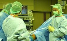 El tiempo de espera en una operación quirúrgica es de 64 días en León y 92 en el Bierzo