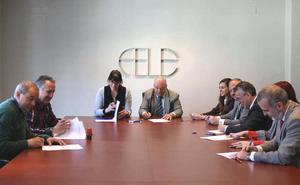 Firman el primer convenio colectivo del sector de pompas fúnebres de la provincia de León