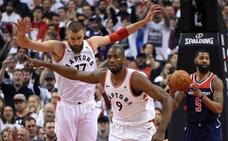 DeRozan lidera a los Raptors, que toman ventaja ante los Wizards