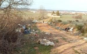 El PP urge la limpieza de las Rutas Verdes a su paso por Trobajo del Camino