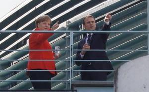 Merkel y Macron se emplazan a consensuar la «refundación» de la Unión Europea