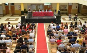 «La universidad debe ser un centro público que garantice el saber, la justicia y la libertad»