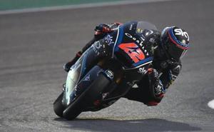 Bagnaia le roba el protagonismo a Márquez en Moto2