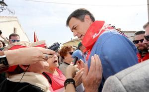Pedro Sánchez defiende la «gran oportunidad» de la Comunidad para que la Junta sea socialista