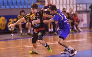 Rodrigo sigue esperando la oferta de renovación del Abanca Ademar