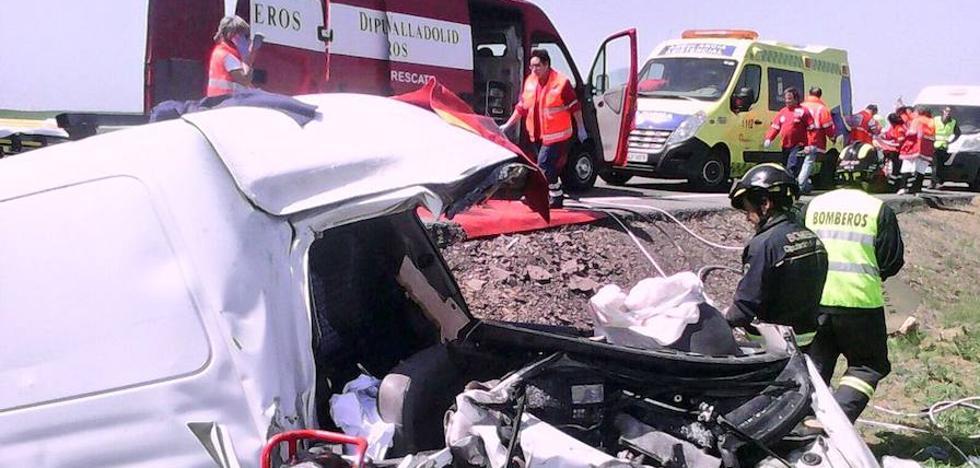 Muere un leonés de 65 años en una colisión frontal en la León-Valladolid