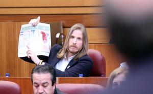 Podemos pide al PSOE que tras Cifuentes ahora le toca Óscar Álvarez dar explicaciones