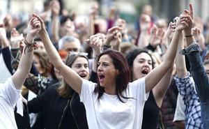 leonoticias.tv | Cerca de 2.000 personas se concentran en contra de la sentencia a 'La Manada'