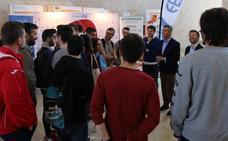 Fele y Aje León asesoran a los universitarios en la búsqueda de empleo y emprendimiento en la Semana Internacional de la ULE