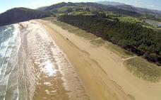 12 playas de Asturias para ir y bañarse con 'bandera azul'