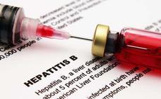 Sanidad elimina la vacunación de la hepatitis B en recién nacidos y sólo la mantiene en bebés de madres portadoras