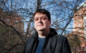 Manuel Bartual: «Lo que se intenta censurar se termina haciendo más visible»