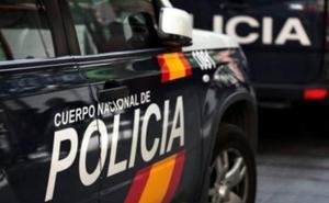La Policía Nacional detiene al autor del robo en cuatro establecimientos comerciales de León capital