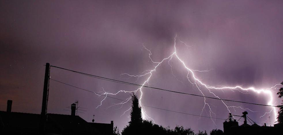 Castilla y Leóon registró 2.037 rayos en la jornada del jueves