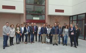 Administradores de fincas de León visitan el complejo industrial de Schindler en Zaragoza