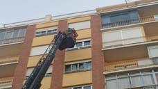 Un desprendimiento obliga a actuar a los Bomberos en León