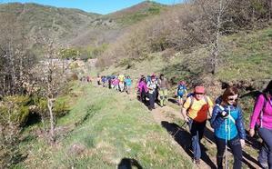 Matallana reúne a 70 montañeros para 'descubrir' sus parajes