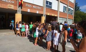 UGT denuncia la «alarmante supresión» de plazas docentes en El Bierzo y Laciana con 25 profesores menos el próximo curso