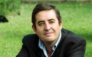 'Vino y poesía' con Luis García Montero en la ULE