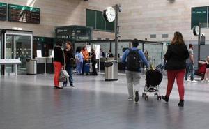Desalojado un AVE con destino León por un viajero que bajó a fumarse un cigarrillo en Segovia