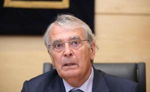 Hernández defiende que la fusión entre Caja Duero y Caja España fue «muy positiva»