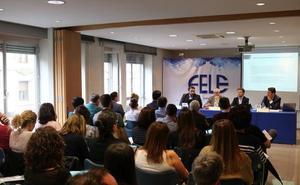 Más de medio centenar de empresarios se interesan por la nueva normativa europea de Protección de Datos en la Fele