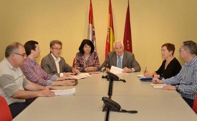 La Junta concede más de un millón de euros para contratar a 152 trabajadores pequeños ayuntamientos de León