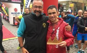 Raúl Pérez honra la memoria de su hermano en El Cainejo