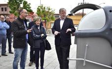 León invierte 205.000 euros en 287 contenedores para 'jubilar' a los de la zona norte de la capital