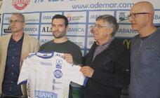 Carrillo: «El mejor lugar donde puedo estar es el Abanca Ademar»