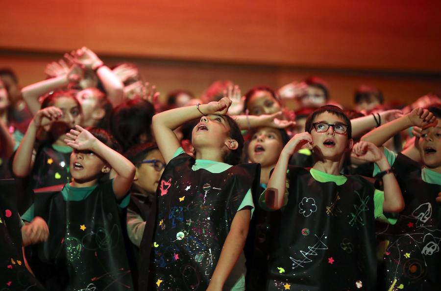 Cantania con la obra 'Partículas' en el Centro Cultural Miguel Delibes