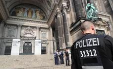 Tiroteo en la catedral de Berlín con dos heridos, uno de ellos un policía
